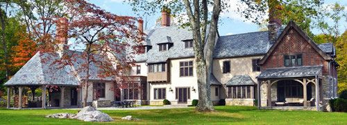 Mid-Country Tudor