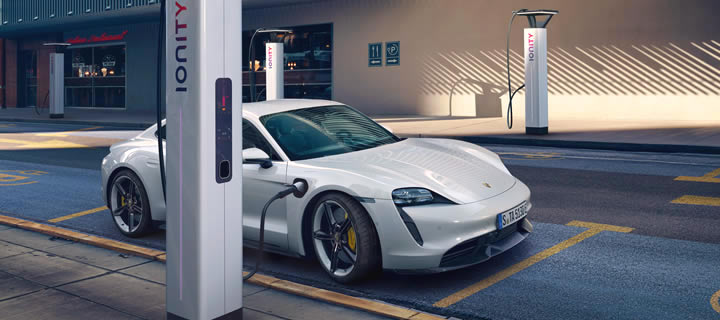 Porsche Taycan Enables Encrypted Automatic Payment through Plug & Charge